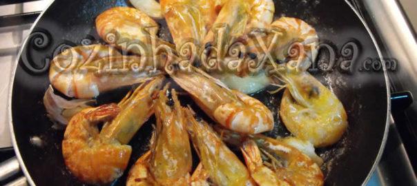 Camarão ao alho (gambas al ajillo)